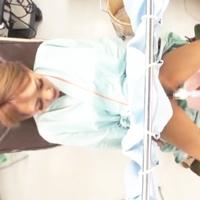 失禁まんこを診察w内診台に固定されたエロまんこをやりたい放題♪-のサムネイル画像