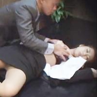 クロロホルム昏睡強姦気絶させた就活女子大生を好き勝手に陵辱レイプ撮影-のサムネイル画像