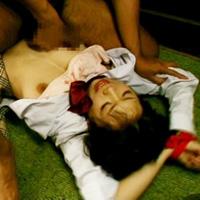 女子校生を監禁レイプw!中年のオジサンに犯され続ける日々!-のサムネイル画像