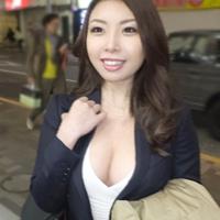 銀行員のEカップぷるるん素人美女をナンパ即ハメ!-のサムネイル画像
