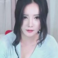 韓国人の素人オナニー映像♪ピチャピチャ音がエロいっすw-のサムネイル画像
